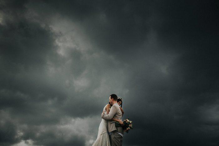 rainy weather wedding photo
