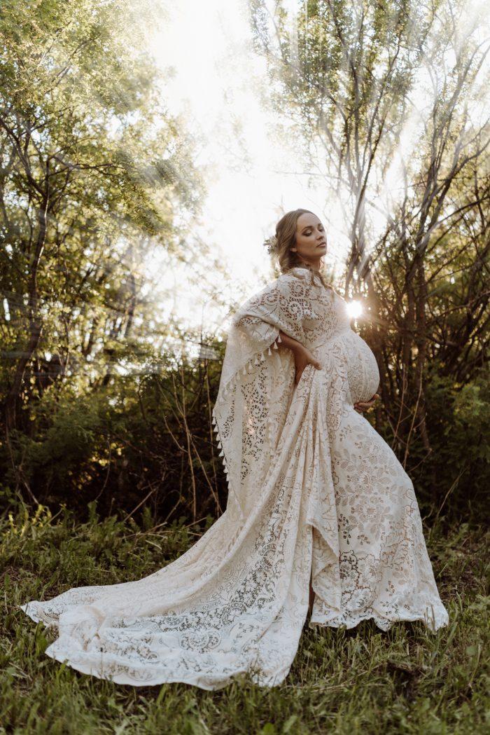 pregnant bride portrait with sun rays